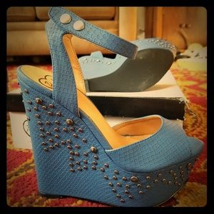 Penny Loves Kenny Turquoise Wedges